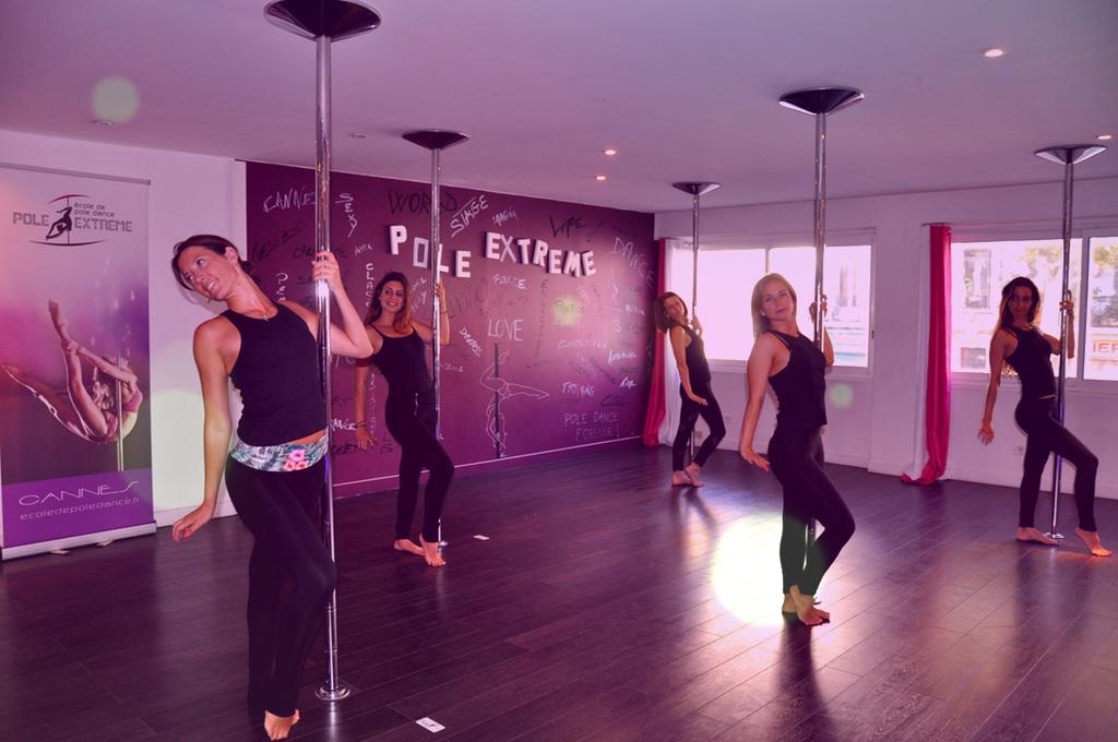 pole dance 13